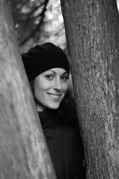 Anne-Laure is hidden in Beg Steal Borrow films behind trees and the like. But she is there!