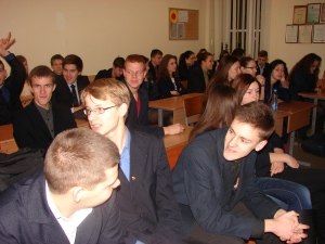 Students at the Kedainiai Sviesioji gymnasium, Kedainiai City, Lithuania, discuss Afterimages. This and the photo below are courtesy of Benita Palpauskaite.